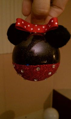 DIY Minnie Mouse Ornaments---to go with my Mickey Mouse Ornaments that I've already pinned.we're going to have a Mickey/Minnie tree this year! Mickey Mouse Ornaments, Minnie Mouse, Diy Christmas Ornaments, Christmas Decorations, Ornaments Making, Disney Decorations, Homemade Ornaments, Christmas Bulbs, 12 Days Of Christmas