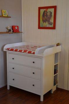 Ikea babyzimmer hemnes  Wickelaufsatz-Eigenbau für Hemnes Kommoden | Babies, Baby zimmer ...