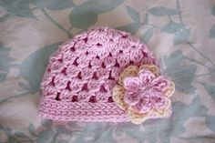 crochet hat for newborn. wonder if I could adjust pattern to fit my head...