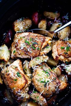 Slow Cooker Parmesan Garlic Herb Chicken and Potatoes | The Recipe Critic