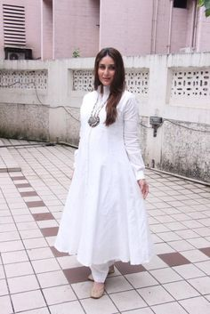 Fashion Faceoff: Kareena Kapoor Khan or Katrina Kaif who wore head to toe desi white better? | PINKVILLA