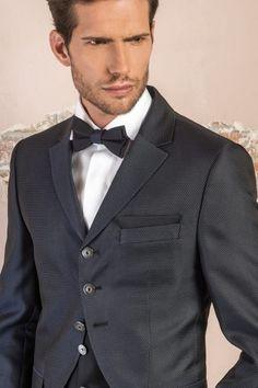 m105-luxusny-pansky-oblek-svadobny-salon-valery Suit Jacket, Suits, Jackets, Fashion, Down Jackets, Moda, Fashion Styles, Suit, Jacket