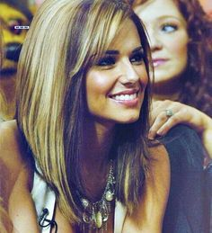 Hairstyles For Round Faces Long Bobs 17 Trendy Ideas bob hairstyles for round face Hairstyles For Round Faces Long Bobs 17 Trendy Ideas Long Angled Bob Hairstyles, Long Bob Haircut With Bangs, Bob Hairstyles For Round Face, Line Bob Haircut, Haircuts With Bangs, Long Angled Haircut, Long Inverted Bob, Long Angled Bobs, Wavy Hairstyles