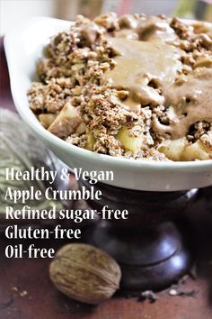 Healthy and Vegan Apple Crumble! this recipe was invented and made in under 30 minutes for an emergency snack, so no need to make a fuss about it! Apple Crumble Recipe, First Bite, Cinnamon Apples, Vegan Vegetarian, Sugar Free, Sweet Tooth, Tasty, Snacks, Baking