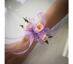 Prom Wristlets - Photo Courtesy: Floral design created by Tricia Upshaw, AIFD, AMF and Aaron Lemaster of Shirley's Flower Studio Rogers, Arkansas. Photography by Lumos Images Rogers Arkansas, Prom Flowers, Flower Studio, Spray Roses, Prom Night, Corsage, Wristlets, Floral Design, Photography