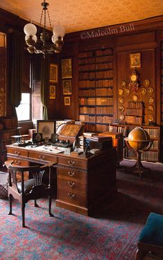 From the interior of Erddig Hall (NT), Wrexham, North Wales. Home Library Design, Home Office Design, House Design, Library Study Room, Home Libraries, Aesthetic Rooms, Office Interiors, Victorian Homes, Sweet Home