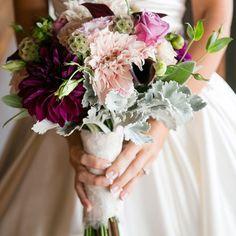 Bridal bouquet of roses and large dahlia blooms //Larissa Cleveland Photography // Bouquet: Fleurs du Soleil