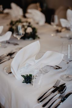 miss freckles photography · Hochzeitsfotografin in Salzburg Freckle Photography, Beautiful Table Settings, Wedding Decorations, Table Decorations, Salzburg, Inspiration, Ideas, Biblical Inspiration, Wedding Decor