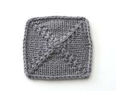 Pinhole Cast-On - v e r y p i n k . c o m - knitting patterns and video tutorials