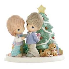 Precious Moments - Holiday Surprises Are Filled With Love 2009 Limited Edition Figurine - Available at Ann's Gift Shop. Precious Moments Quotes, Precious Moments Figurines, Biscuit, Christmas Figurines, Monster High Dolls, My Precious, Christmas Fun, Christmas Things, Christmas Decorations