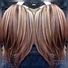 Split Down the Middle - 20 Fresh Teal Hair Color Ideas for Blondes and Brunettes - The Trending Hairstyle Brown Hair With Blonde Highlights, Brown Blonde Hair, Hair Color Highlights, Carmel Highlights, Fall Highlights, Medium Blonde, Blonde Color, Medium Hair Styles, Short Hair Styles