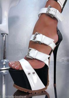 Super-sexy sandales à brides bicolore O3  noire et blanche à plateau de 6cm ,talon aiguille de 17cm de chez 1969