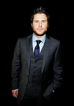 James Roday- you know that's right :) C'mon son. Shawn And Juliet, Mon Son, James Roday, Shawn Spencer, Best Shows Ever, Psych, Beautiful Men, Tv Shows, Fandoms
