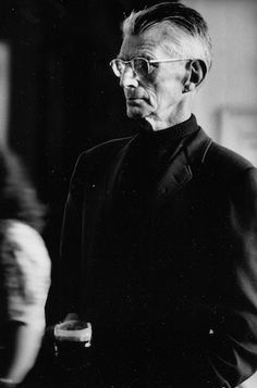 Samuel Beckett (London - - Photographed by John Minihan. Writer Tips, Writer Quotes, Book Writer, Book Authors, Samuel Beckett, Shakespeare And Company, William Shakespeare, Beckett Quotes, James Joyce