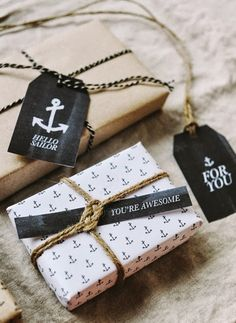 DIY Gift Wrapping Ideas Free printable anchor wrapping paper & gift tags by Hey Look Pretty Packaging, Gift Packaging, Packaging Design, Faire Part Invitation, Diy Gifts, Handmade Gifts, Brown Paper Packages, Ideias Diy, Gift Wrapping Paper