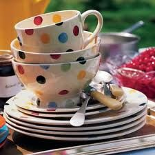 Polka dot dishes