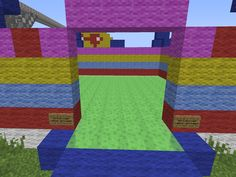 Springkussen in Minecraft http://proevenengeloven.blogspot.nl/2016/07/minecraft-monday-veel-fotos-en-een.html