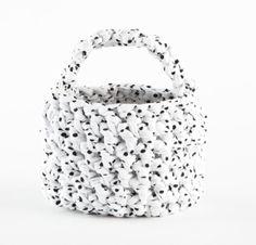 Free Crochet Pattern: Mini Market Bag  Lion Brand® Zpagetti  Pattern #: L10725