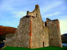 Lochranza Castle, Lochranza, Isle of Arran, North Ayrshire, Scotland. by bearded iris, via Flickr
