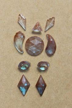 Lot-of-saphiret-glass-cabochons-10-pieces-cab-antique-Victorian-cut-shapes-beads