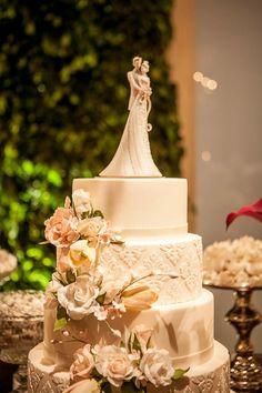 Casamento Romântico Cheio de Luzinhas | Vestida de Noiva | Blog de Casamento por Fernanda Floret