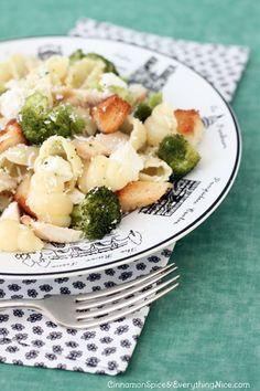 Broccoli, Chicken and Feta Pasta