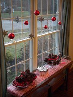Как по-новогоднему украсить окно: 25 восхитительных идей