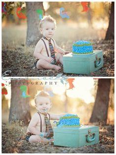 Children Birthday Ideas Mini Story- Cake Smashing Birthday Goodness » Essence Photography | Redding, CA | 530.440.3450