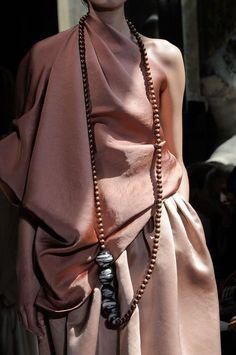 //pink drape slouch