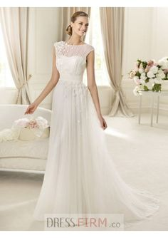 Contracted Ruffled Two-double Appliques Bridal Gown