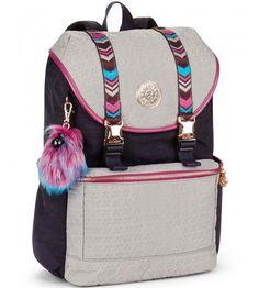 Backpacks are no longer reserved for school children. Mochila Kpop, Mochila Nike, Cute Mini Backpacks, Girl Backpacks, Black Handbags, Leather Handbags, My Bags, Purses And Bags, Harley Queen