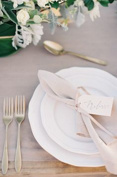 Blush and gold wedding table details: http://www.stylemepretty.com/2014/02/10/rustic-chic-australian-shoot-at-gurragawee/ | Photography: Feather & Stone - http://featherandstone.com.au/