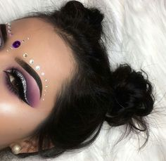 ♡ @тιffαиуχвєαυту {fσℓℓσω тσ ѕєє мσяє} ♡ Rave Makeup, Fancy Makeup, Gem Makeup, Jewel Makeup, Glitter Makeup, Makeup Goals, Beauty Makeup, Purple Makeup, Eye Brows