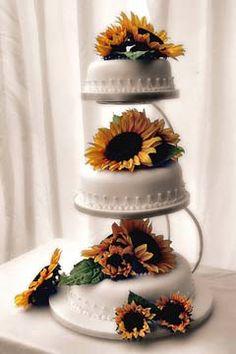 Three white satellite wedding cakes decorated with yellow sunflowers. this will be my cake! Sunflower Cakes, Yellow Sunflower, Wedding Pins, Our Wedding, Dream Wedding, Wilton Cake Decorating, Wedding Rituals, Amazing Wedding Cakes, Wedding Cake Decorations