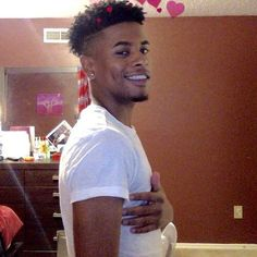 bro who is this man frfr Cute Lightskinned Boys, Cute Black Guys, Gorgeous Black Men, Fine Black Men, Handsome Black Men, Fine Men, Pretty Boys, Cute Guys, Beautiful Men