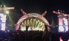 Santi nos envía otra foto, esta vez del escenario del concierto. Foto: @santidiazmar