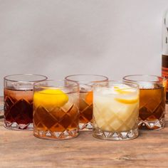 Classic Whiskey Cocktails Every Guy Should Know | Bespoke Post