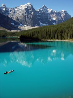 Turquoise,Moraine Lake, Banff National Park, Alberta, Canada