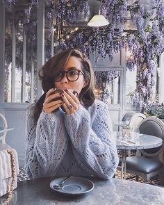 Mauve over winter were ready for spring! Spec-tacular frames by via {Outfit link in my bio} Boho Fashion, Fashion Beauty, Girl Fashion, Fashion Styles, Rosie Londoner, Court Outfit, Good Morning Gorgeous, Ootd, Fashion Plates
