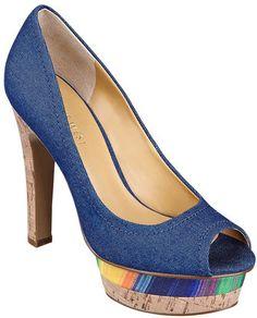 #NineWest                 #Women #Shoes             #peep #toe #platform #pump                          RUNBACK                   Peep toe pump with 5 heel & 1 1/2 platform.         http://pin.seapai.com/NineWest/Women/Shoes/1236/buy