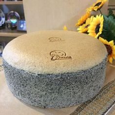 Black Sesame Sponge Cake