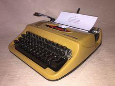 Kursiv! Schreibmaschine Privileg 270S mit kursiver Schrift vintage typewriter