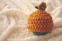 Crochet Pumpkin Hat - newborn photo props, newborn hat, pumpkin prop, fall props
