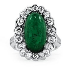 A stunning emerald ring from the Retro era.
