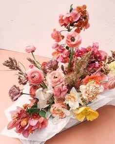 Wedding Flower Arrangements Pink, terracotta flowers Oh Flora Studio Sydney florist and event design - Flowers To Go, Colorful Flowers, Beautiful Flowers, Flowers Vase, Spring Flowers, Pink Flower Arrangements, Floral Bouquets, Floral Wreath, Ikebana
