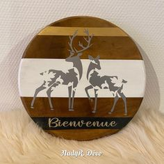 Décoration Murale Decorative Plates, Creations, Etsy, Home Decor, Stag And Doe, Wood Pieces, White Paint Color, Silver Color, Solid Wood