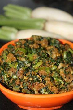 Muli ki Bhaji with Besan/Radish leaves with Gram Flour Fried Fish Recipes, Veg Recipes, Curry Recipes, Indian Food Recipes, Vegetarian Recipes, Cooking Recipes, Healthy Recipes, Recipies, Vegetarian Cooking