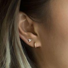 2nd Ear Piercing, Double Ear Piercings, Cute Ear Piercings, Cartilage Piercings, Dainty Earrings, Cute Earrings, Earrings Handmade, Diamond Earrings, Double Earrings