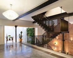 Le studio Chris Dyson Architectsest à l'origine de cette sublime rénovation dans le centre de Londres. Il s'agit d'un bâtiment industriel datant de 1900 t