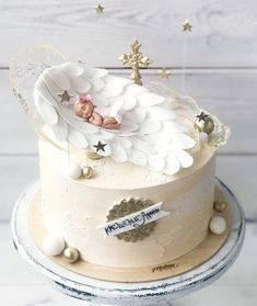 Cake Gateau Baby Shower, Baby Shower Cakes, Pretty Cakes, Beautiful Cakes, Baby Christening Cakes, Baptism Cakes, Cake Designs For Girl, Bowl Cake, Girl Baby Shower Decorations